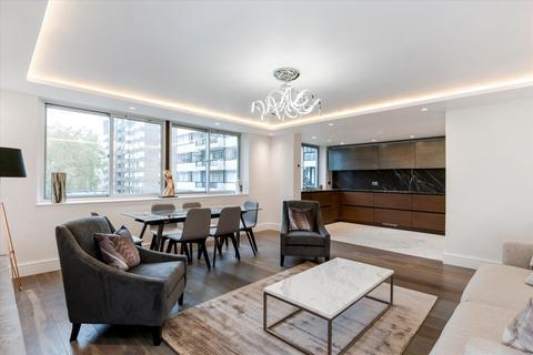 4 bedroom flat - The Quadrangle, London, W2