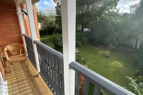 2 bedroom flat to rent - Wimborne Road