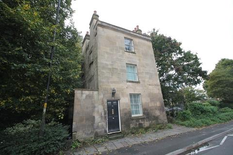 1 bedroom ground floor flat - Lower Bristol Road, Angel Place, Bath