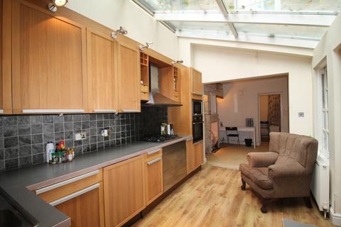 1 bedroom ground floor flat for sale - Lower Bristol Road, Angel Place, Bath