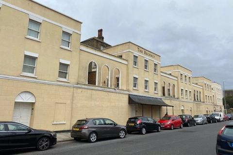 2 bedroom apartment to rent - Regency Court, St Augustines Road, Ramsgate, CT11