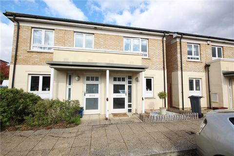 2 bedroom semi-detached house for sale - Elvedon Road, Lower Feltham, TW13