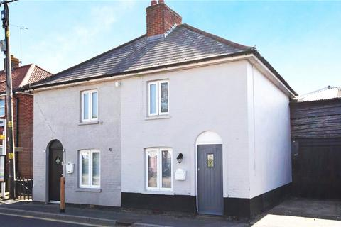 2 bedroom semi-detached house for sale - The Street, Latchingdon, Chelmsford, CM3