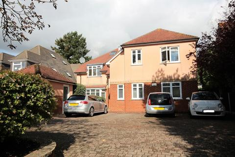 2 bedroom ground floor flat for sale - Richmond Park Avenue, Queens Park, Bournemouth