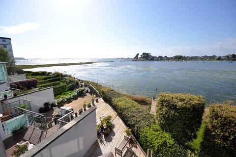 5 bedroom semi-detached house to rent - Blue Lagoon View