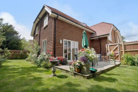 3 bedroom semi-detached house for sale - Mill Island, Warminster