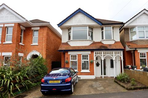2 bedroom flat for sale - Hillbrow Road, Bournemouth, BH6
