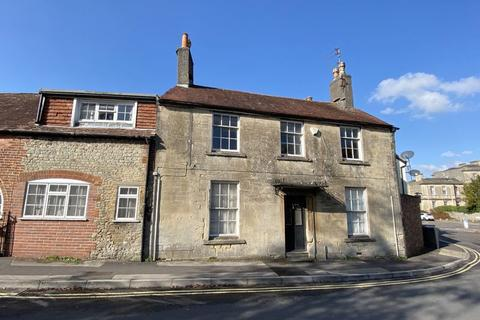 4 bedroom townhouse for sale - The Close, Warminster
