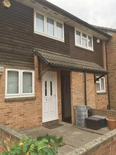 2 bedroom terraced house to rent - Amanda Close, Chigwell