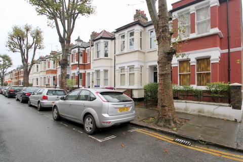 2 bedroom terraced house to rent - Wrexham Road, London