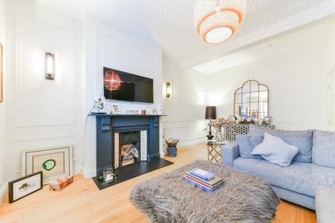 5 bedroom terraced house to rent - Manchuria Road, Clapham, London SW11