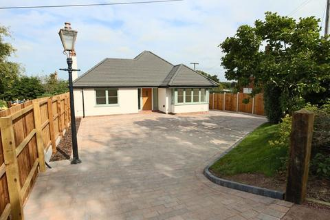 2 bedroom detached bungalow for sale - Stone Road, Hill Chorlton, Newcastle-Under-Lyme