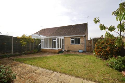 2 bedroom bungalow for sale - Links View, Cirencester