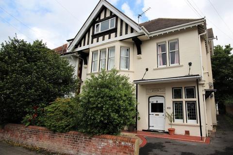 Studio for sale - Glen Road, Bournemouth, BH5