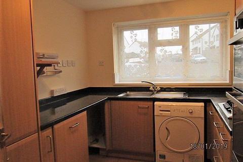 3 bedroom semi-detached house to rent - WALTWOOD PARK DRIVE, LLANMARTIN, NP18 2HH