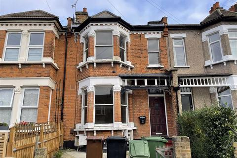 4 bedroom terraced house to rent - Colworth Road, Leytonstone, London, E11