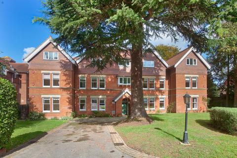3 bedroom flat for sale - 74 Harnham Road, Salisbury