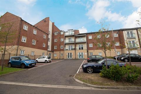 2 bedroom apartment - Manor Park, Newcastle Upon Tyne