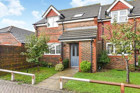 3 bedroom end of terrace house - Winston Close, North Bersted