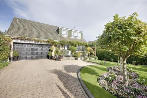 4 bedroom detached house for sale - West Ella Road, Kirk Ella