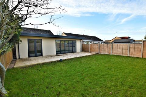 3 bedroom semi-detached bungalow to rent - Peterhouse Close, Stamford