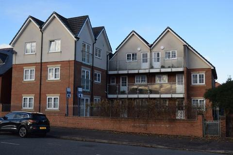 1 bedroom apartment to rent - Firs Lane, Leigh,