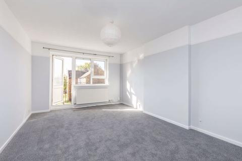 2 bedroom apartment to rent - Kings Road, Southsea