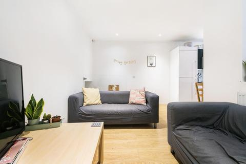 3 bedroom flat to rent - Clifton Mansions, SW9