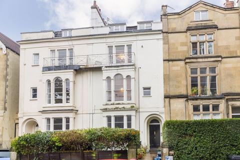 2 bedroom apartment - Oakfield Road, Clifton, Bristol - 2 double bed TFF