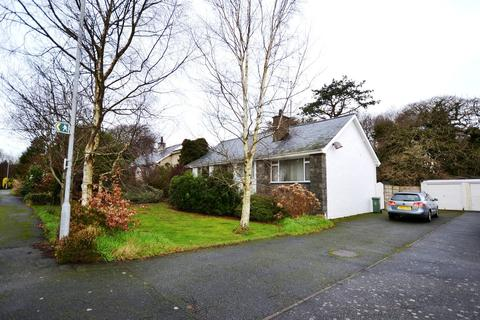 3 bedroom bungalow for sale - Glyn Y Mor,Llanbedrog,Pwllheli,LL53 7NW