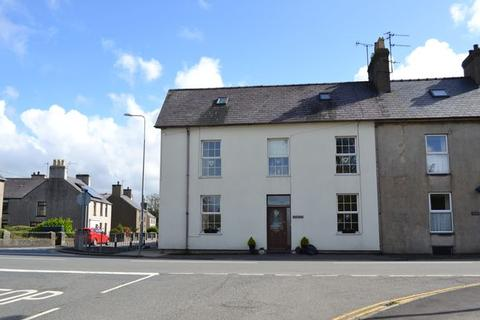 5 bedroom terraced house for sale - Y Ffor,Pwllheli,LL53 6UE