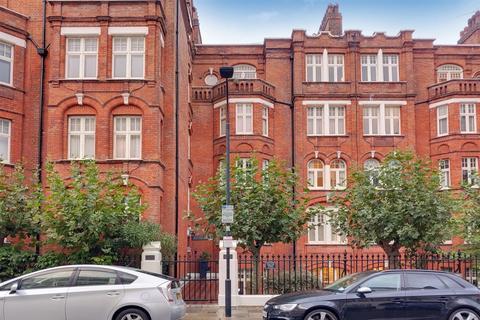 3 bedroom flat - Hamlet Gardens, Hammersmith, London, w6