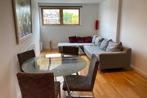 1 bedroom flat to rent - Gateway South, Marsh Lane, Leeds, LS9 8BD