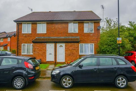 1 bedroom property - Harvesters Close, Isleworth, TW7