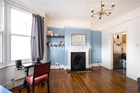 1 bedroom flat - Harringay Road, London, N15