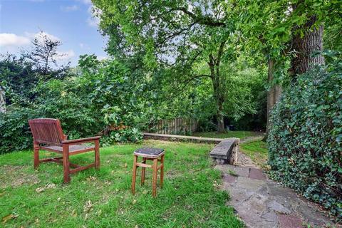 3 bedroom semi-detached house for sale - Hever Wood Road, West Kingsdown, Sevenoaks, Kent