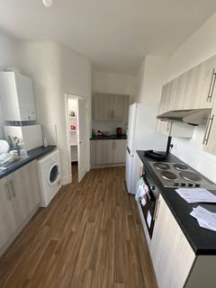 3 bedroom flat - Electric Mansions, Electric Avenue, Brixton, London SW9