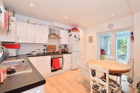 4 bedroom terraced house - Grosvenor Park, Tunbridge Wells, Kent