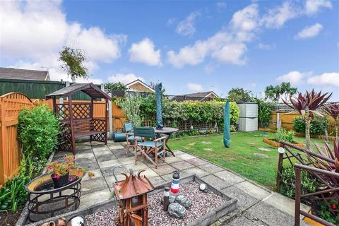 3 bedroom semi-detached bungalow for sale - Derwent Avenue, Ramsgate, Kent