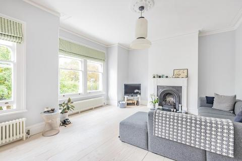 3 bedroom flat - Turney Road, Dulwich Village