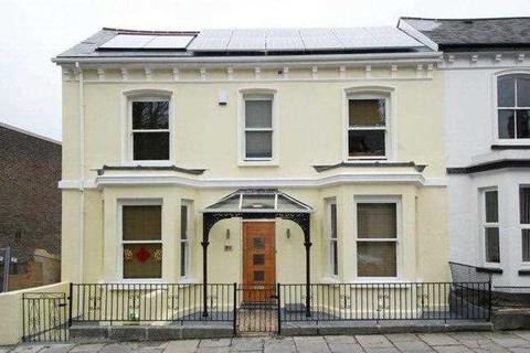 6 bedroom house to rent - Houndiscombe Road, Plymouth