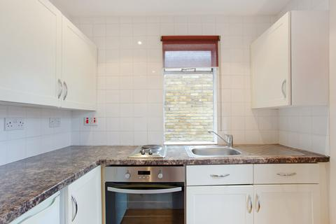 Studio to rent - Inverness Terrace, Bayswater. W2