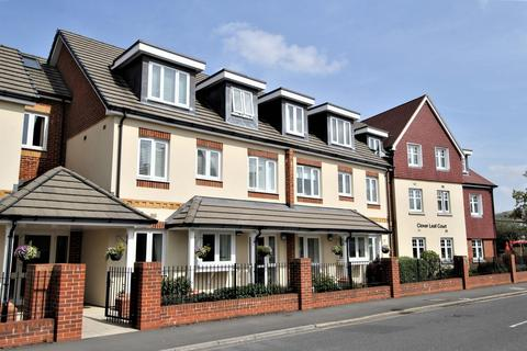 1 bedroom apartment for sale - Clover Leaf Court, Ackender Road, ALTON, Hampshire