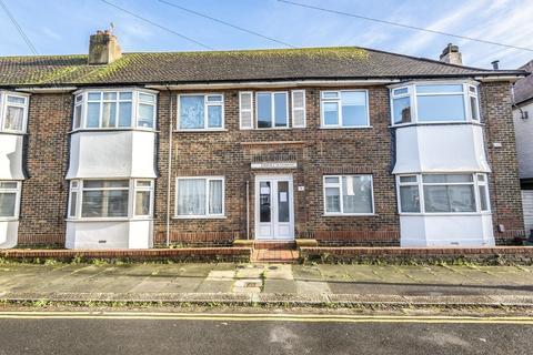 2 bedroom apartment to rent - Erroll Road, Hove