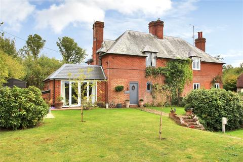 4 bedroom semi-detached house for sale - Hazelden Farm, Marden Road, Cranbrook, Kent, TN17