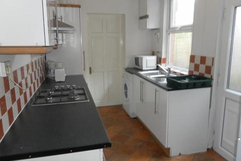 4 bedroom semi-detached house to rent - 295 Tiverton Road, Selly Oak, Birmingham