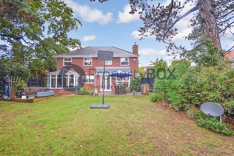 5 bedroom detached house for sale - Apple Way, Chelmsford, CM2
