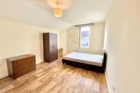 1 bedroom in a house share to rent - Stapleton Road, Eastville, Bristol