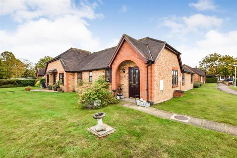 2 bedroom sheltered housing for sale - Tutors Way, South Woodham Ferrers