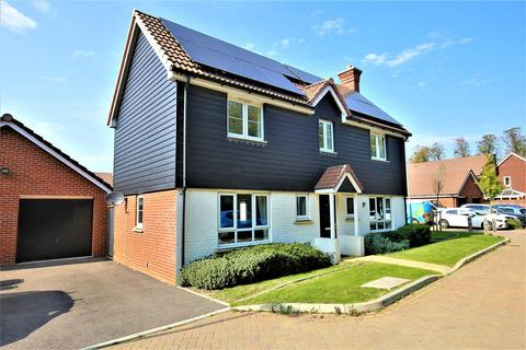 4 bedroom detached house for sale - Latter Road, Maidstone